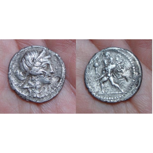 Julius Caesar - denarius AENEAS (972)