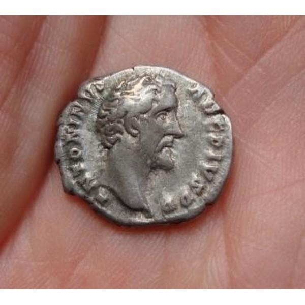 Antoninus Pius- denarius PAX